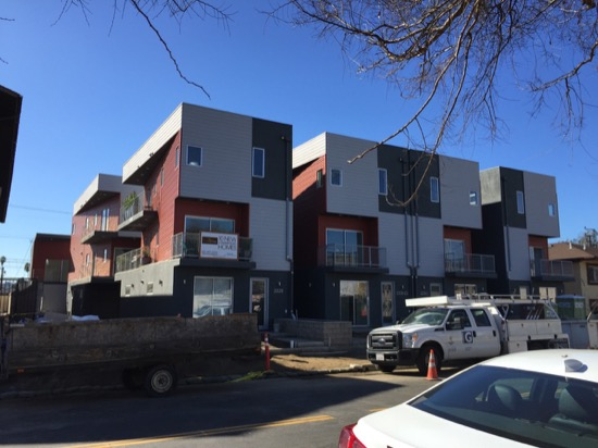 Small_Lot_Subdivision_Strata_Homes_Construction_Los_Angeles-01.jpeg